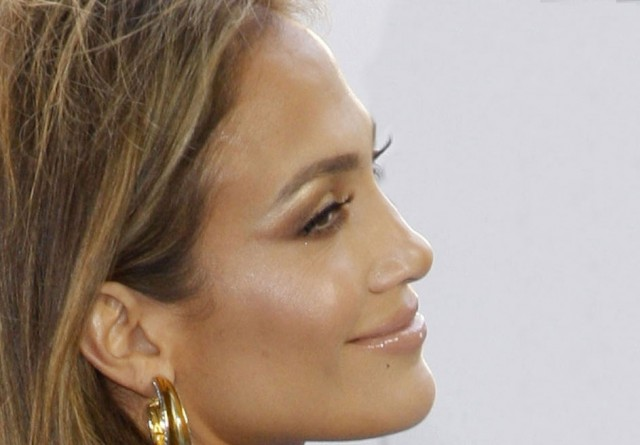 The Biggest Celeb Hair Statement So Far This Year!