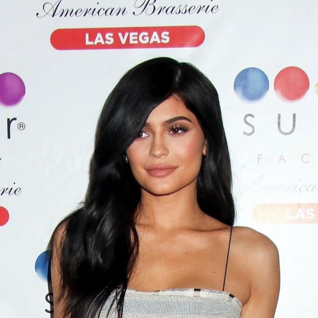 Kylie-Jenner-New-Bob