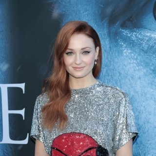 Sophie Turner Says Goodbye to Game of Thrones with a New Look!