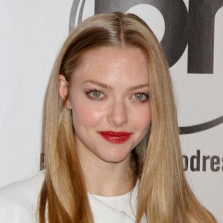 Amanda Seyfried Just Changed Her Hair in a BIG Way!